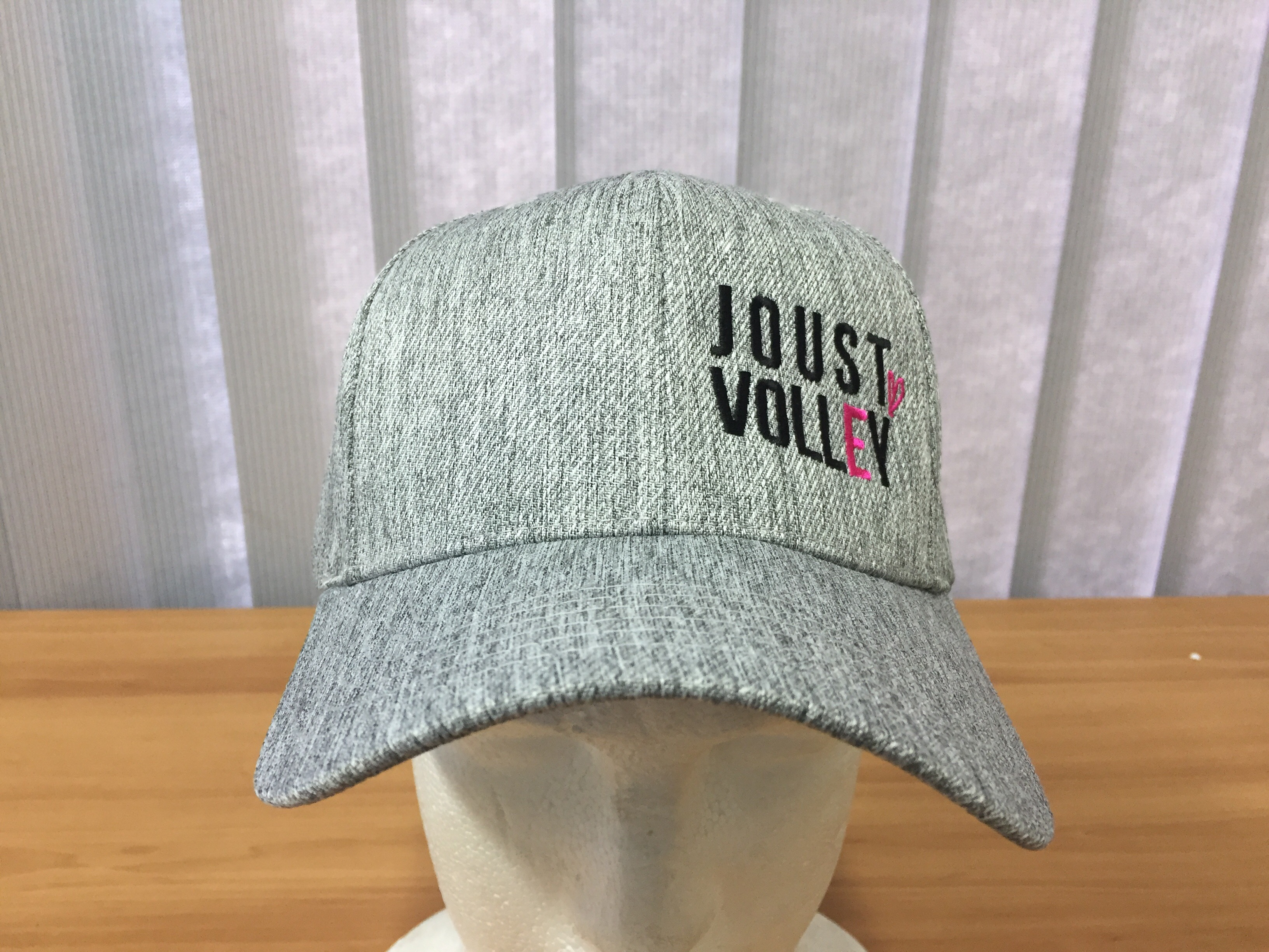 Joust Volley Hat - Love Heart - Light Grey